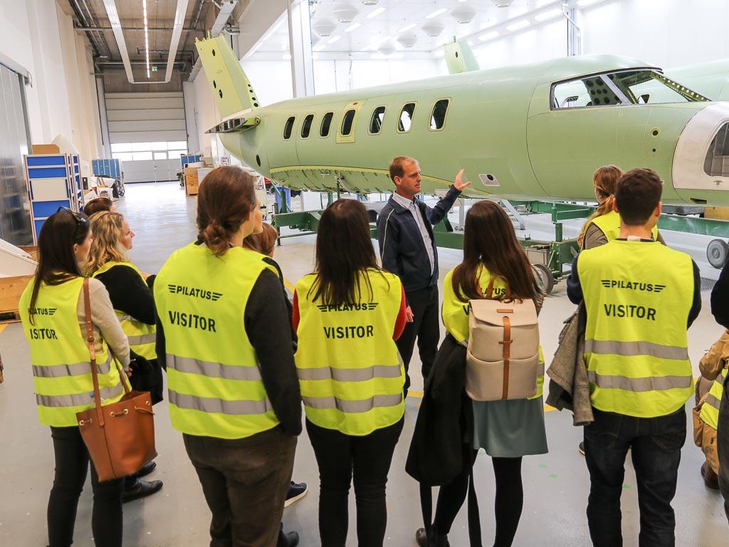 Praxis-Exkursion zu Pilatus Flugzeugwerke