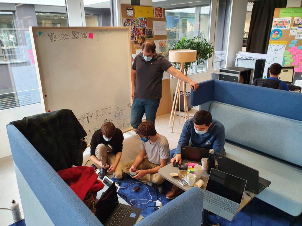 Kreatives Arbeiten, engagierte Studierende und interessante Ergebnisse sorgen für gute Stimmung im Innovationspark Zentralschweiz.