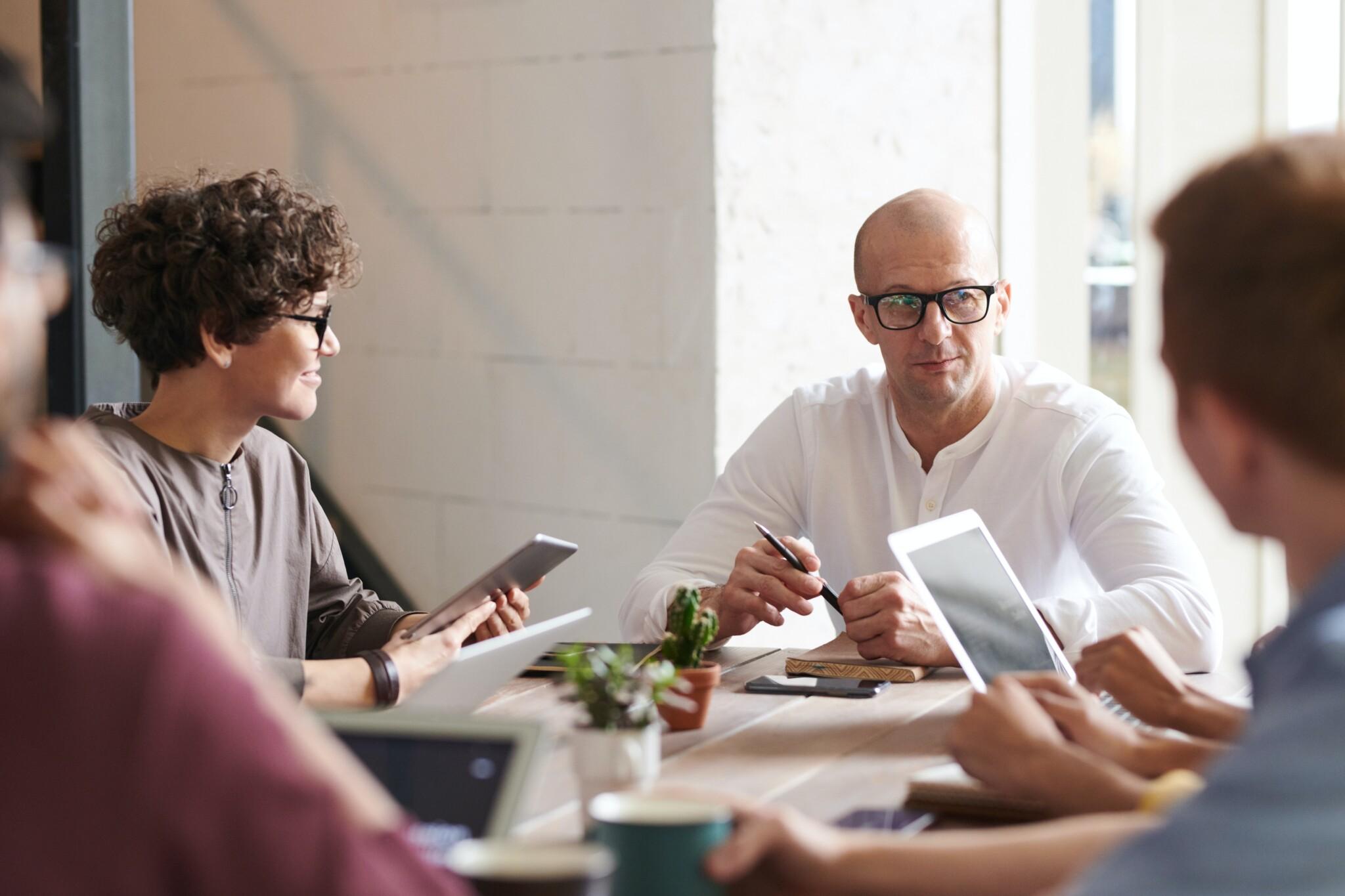 Wie Ihr Zuhören Ihre Gespräche beeinflusst