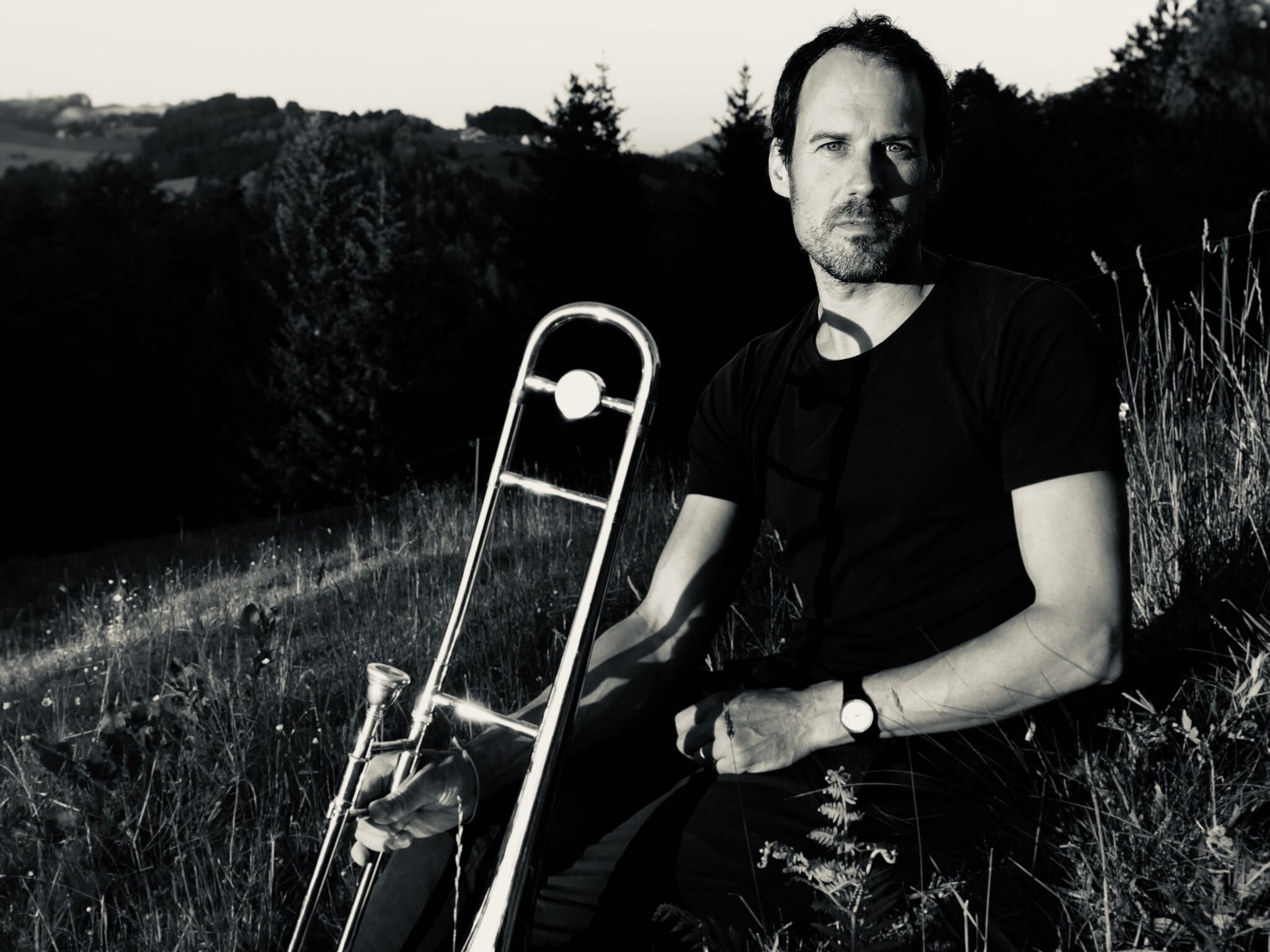 Portrait von Nils Wogram