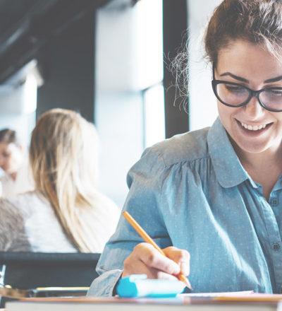 5 Tipps für den perfekten Start ins Wirtschaftsstudium