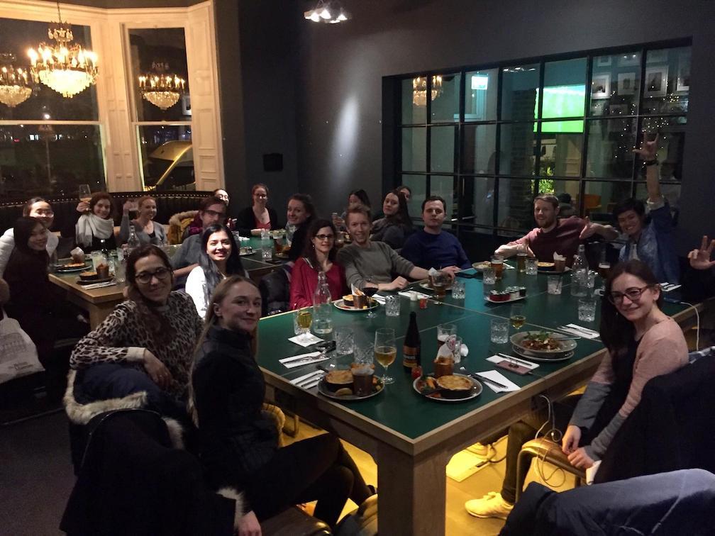 Gemeinsames Abendessen aller Teilnehmer der Studienreise nach Edinburgh.
